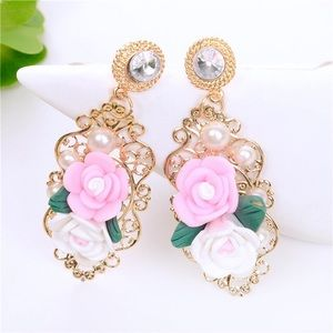 Pink & White Floral Earrings on Gold Tone Lattice